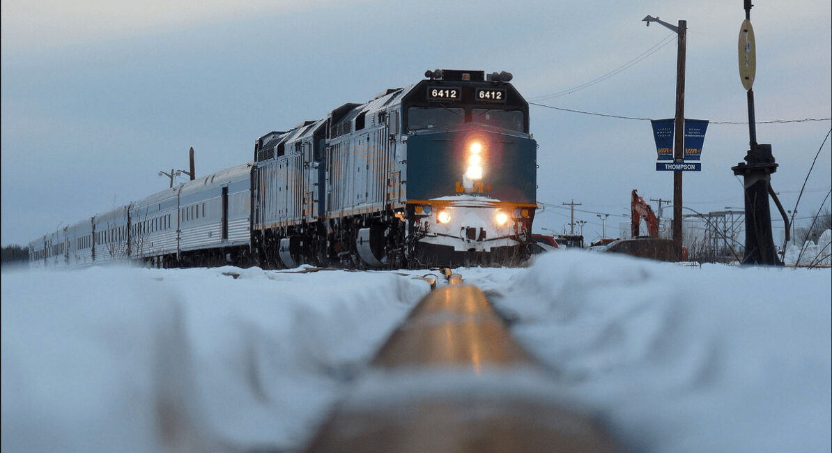 Unifor ratifies agreement with VIA Rail